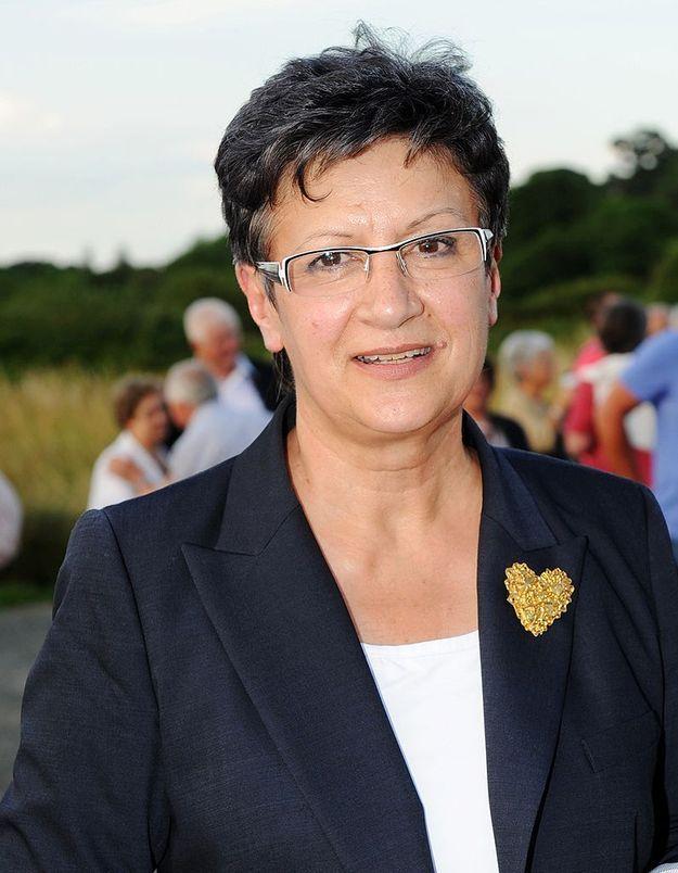 Une députée révèle l'homosexualité de son fils à l'Assemblée