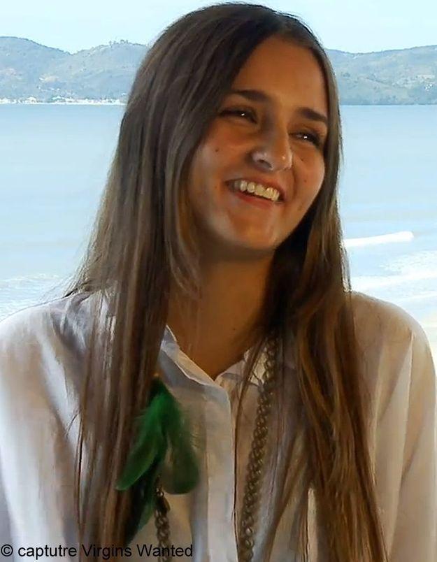 Une étudiante brésilienne vend sa virginité sur le web