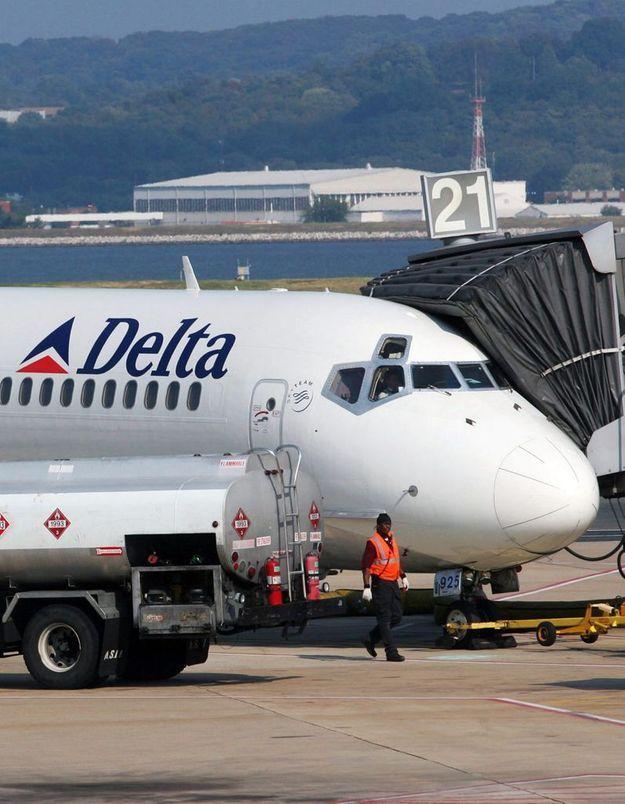 USA : il gifle un bébé dans un avion et perd son job
