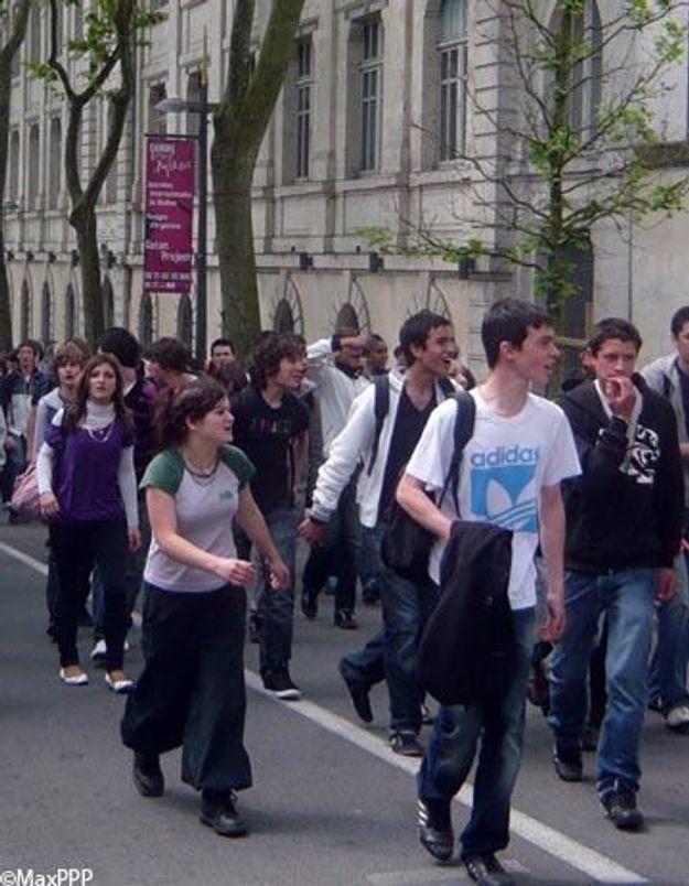 Vacances d'été :la rumeur qui pousse les élèves à manifester
