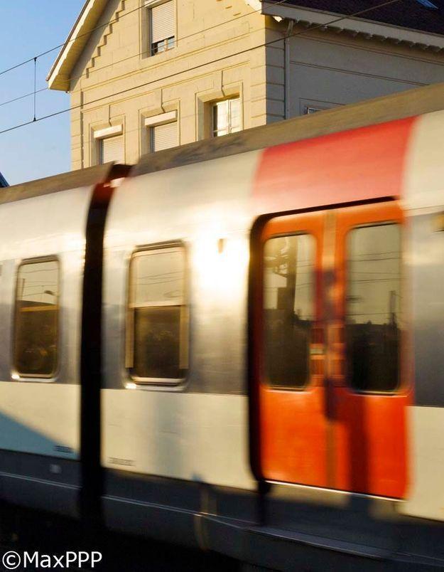 Yvelines : elle accouche dans le RER