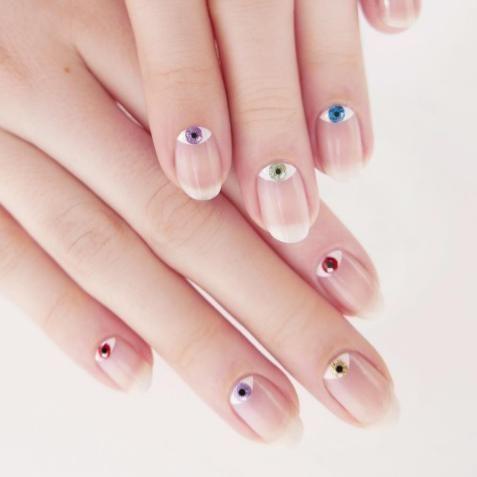 Evil Eye Nails  Comment Faire La Nouvelle Manucure #evileyenails - Elle