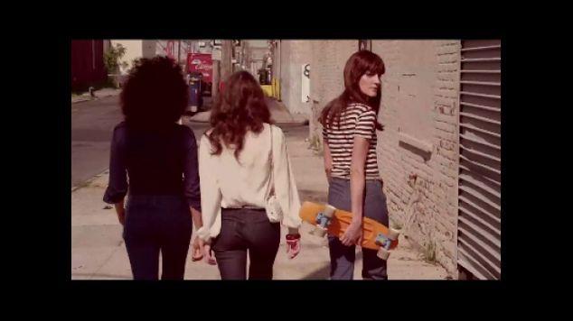 Garance Doré : sa première vidéo pour les jeans Seafarer