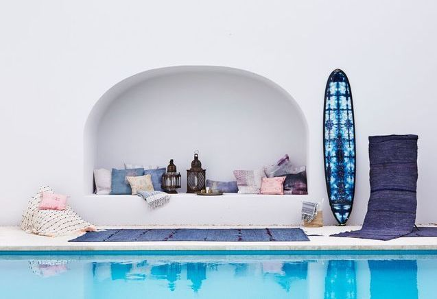 piscine id es d co et am nagement autour de la piscine elle d coration. Black Bedroom Furniture Sets. Home Design Ideas