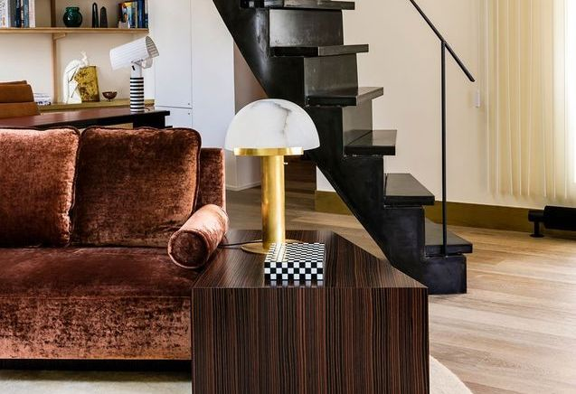 Un appartement glamour et rétro chic à Paris