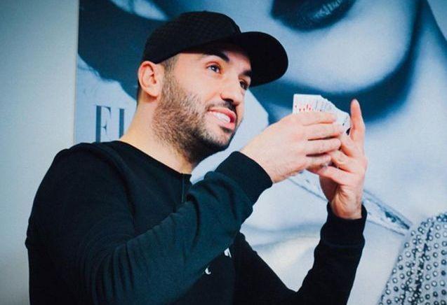 Kamel le magicien, star de la rédaction ELLE