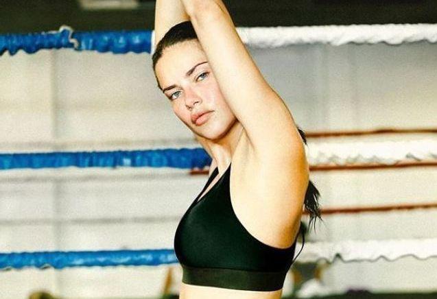 Karine Le Marchand, Laury Thilleman, Adriana Lima… ont ce même secret pour se muscler