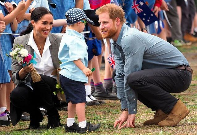 Harry et Meghan : en Australie, ils s'entraînent déjà à être parents !