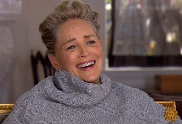 Sharon Stone : un rire qui en dit beaucoup sur le harcèlement sexuel à Hollywood
