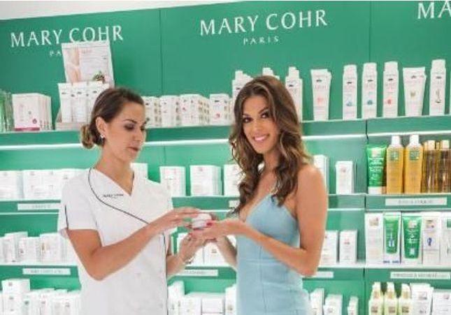 Miss Univers, nouvelle ambassadrice de la marque N°1 des instituts de beauté