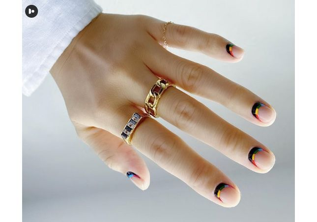 10 idées de manucures à réaliser sur des ongles courts