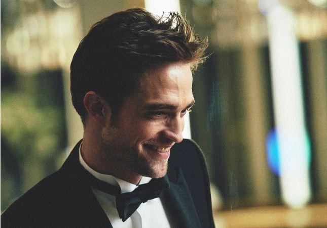 EXCLU – Robert Pattinson nous hypnotise dans la nouvelle campagne parfum Dior