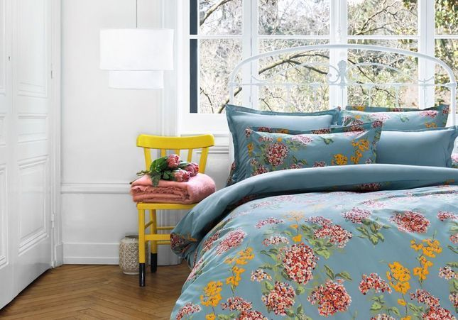 Du linge de lit fleuri pour une chambre so fresh