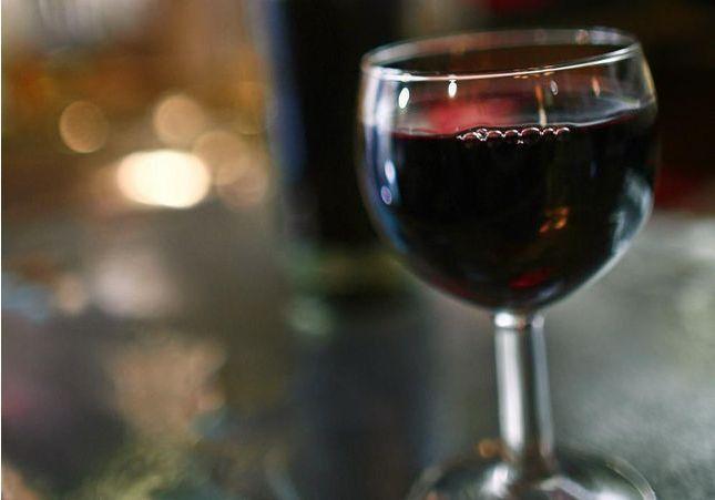 Pourquoi on choisit de célébrer le Beaujolais Nouveau (avec modération)