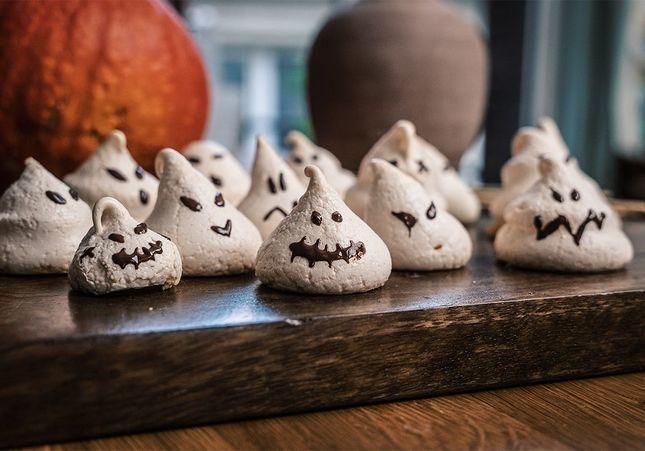 En cuisine avec : mes meringues fantômes d'Halloween