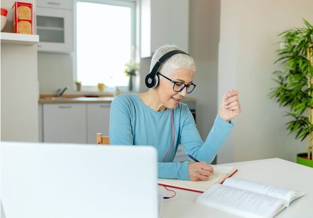 Covid-19 : pourquoi l'emploi des seniors est menacé ?