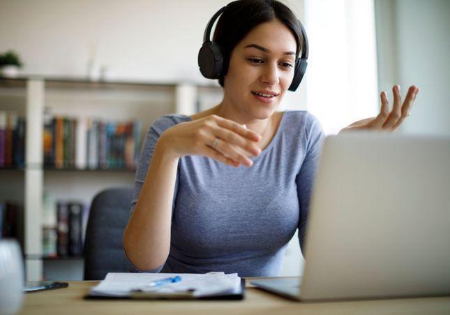 Visioconférence : comment trouver sa voix ?