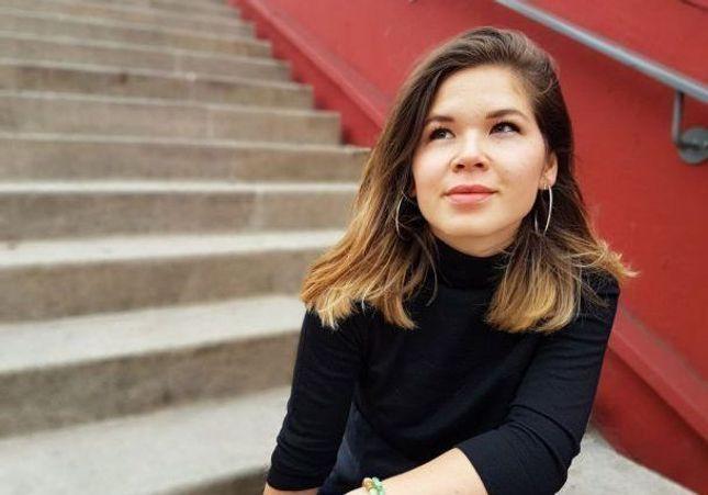 """Julie Hamaïde, 28 ans, a créé toute seule Koï, le premier magazine """"pour mieux informer les amoureux d'Asie"""""""