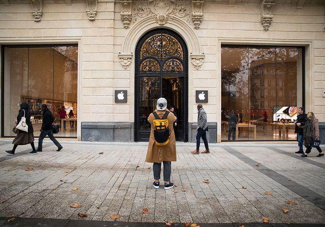 Que penser du nouvel Apple Store des Champs-Elysées ?