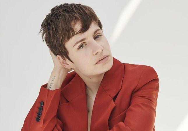 Chris(tine and the Queens) : «Je suis pansexuelle : complètement hétérosexuelle, complètement gay»