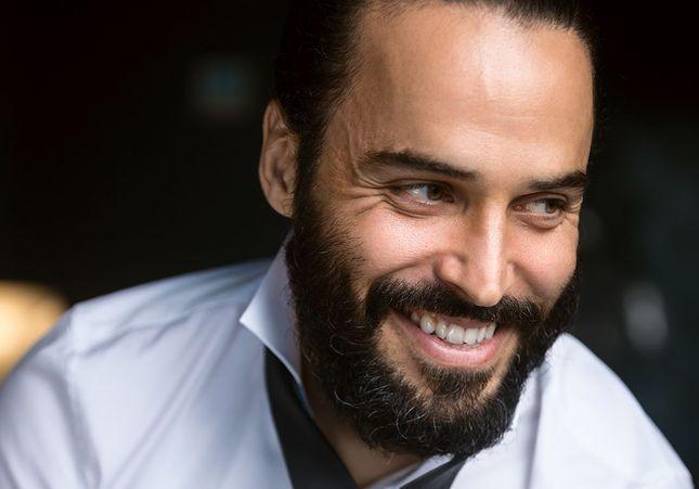 Assaâd Bouab : « Après Dix pour cent, j'aimerais jouer un travesti ou dans une comédie musicale »