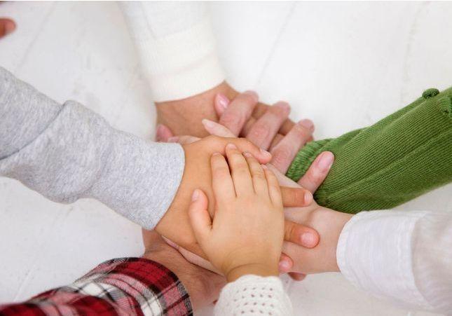 C'est mon histoire : « J'ai grandi entourée de cinq soeurs »