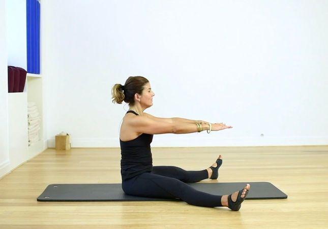 Cours de Pilates en vidéo : 20 minutes pour renforcer ses abdominaux