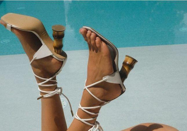 Cette chaussure étonnante sera sûrement la gagnante de l'été