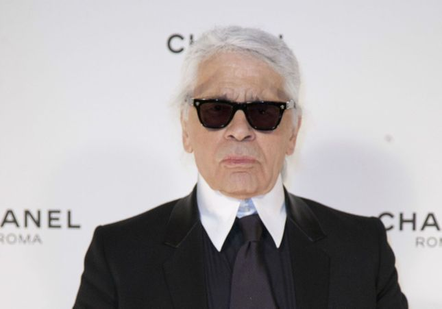 Karl Lagerfeld, absent du défilé Chanel