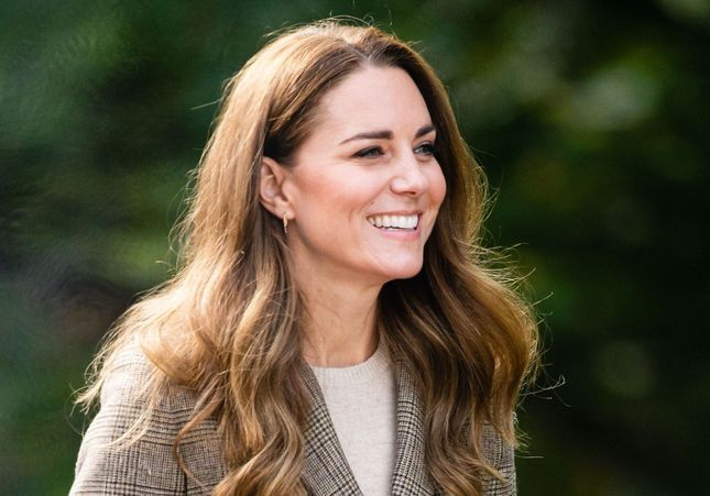 Kate Middleton sublime en manteau vert vif