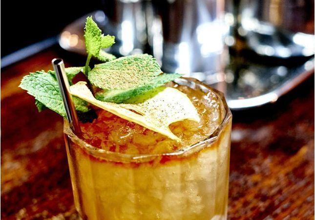 Des cocktails vintage pour trinquer festif