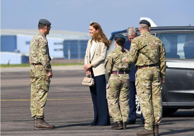 Kate Middleton : sa rentrée engagée auprès des troupes afghanes