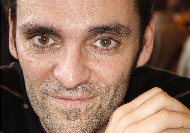 Qui est Alexandre Moix, le frère de Yann Moix avec qui il est en conflit ?