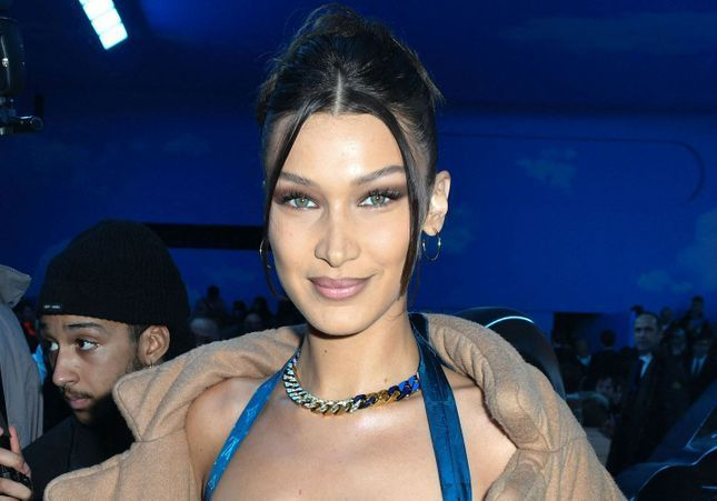 Fashion Week de Paris : Bella Hadid électrique pour Louis Vuitton