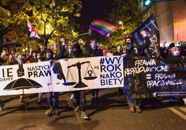 IVG : la Pologne rend l'avortement quasiment illégal