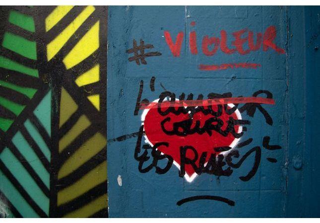 « L'amour court les rues » : 25 femmes portent plainte contre un street-artiste pour viols et agressions sexuelles