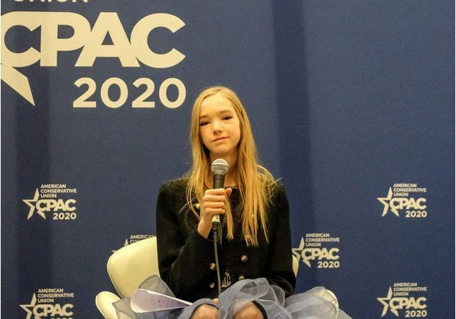 Naomi Seibt, l'anti-Greta Thunberg
