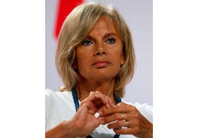 Olivier Duhamel : Elisabeth Guigou renonce à présider une commission sur l'inceste