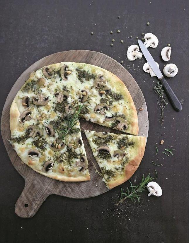 Pizza blanche champignons-pesto
