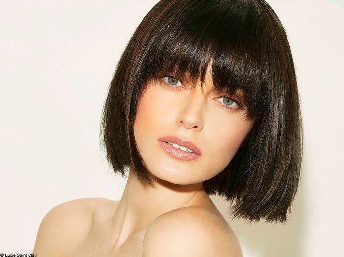 Bien connu Mini carré droit Lucie Saint-Clair - 100 coiffures printemps/été  WP77