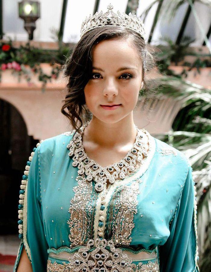 Assez Coiffure mariée orientale - Les plus jolies coiffures de mariée  NI82