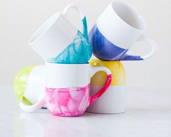 Bekannt Cadeau fête des mères à faire soi-même : une tasse tie & dye - 20  QW74