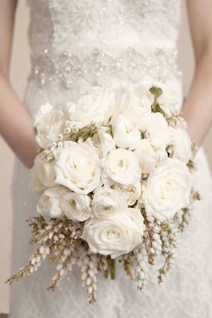 Fabuleux Bouquet de roses blanches pour la mariée - Les plus beaux bouquets  HH72