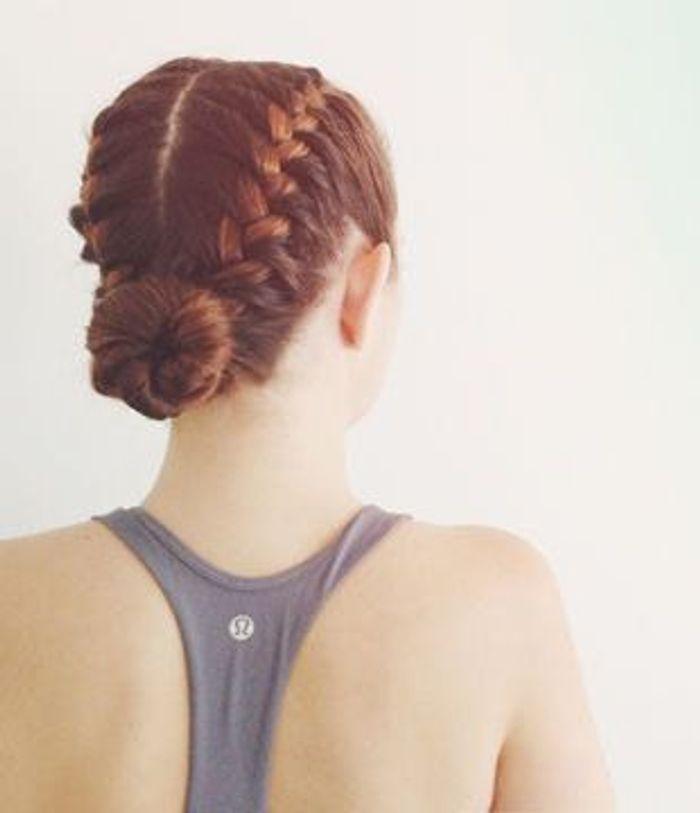 coiffure chignon pour le sport 26 id es de coiffures pratiques pour le sport elle. Black Bedroom Furniture Sets. Home Design Ideas