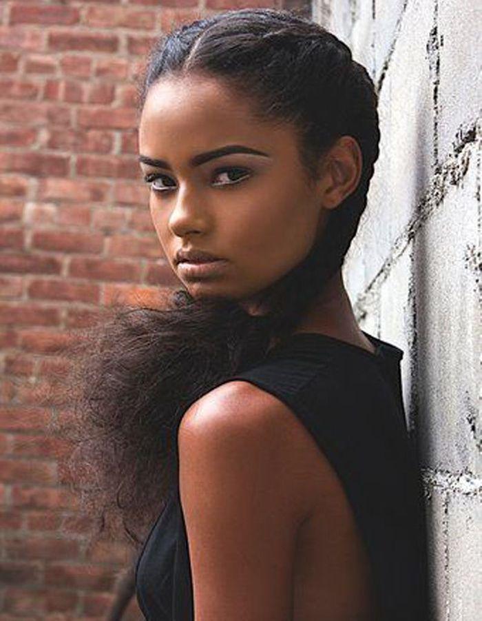 coiffure afro boucl e printemps t 2015 coiffures afro. Black Bedroom Furniture Sets. Home Design Ideas
