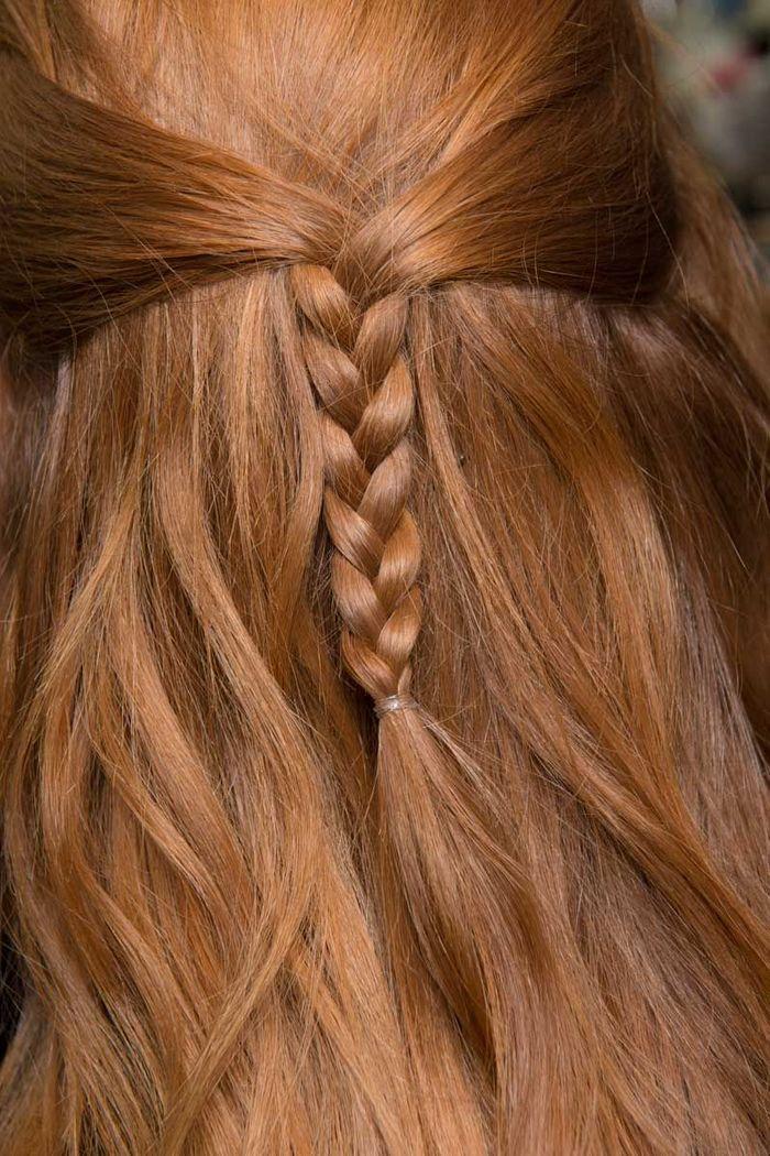 coiffure chic cheveux mi long free coiffure femme boheme chic tresses cheveux longs mi longs. Black Bedroom Furniture Sets. Home Design Ideas