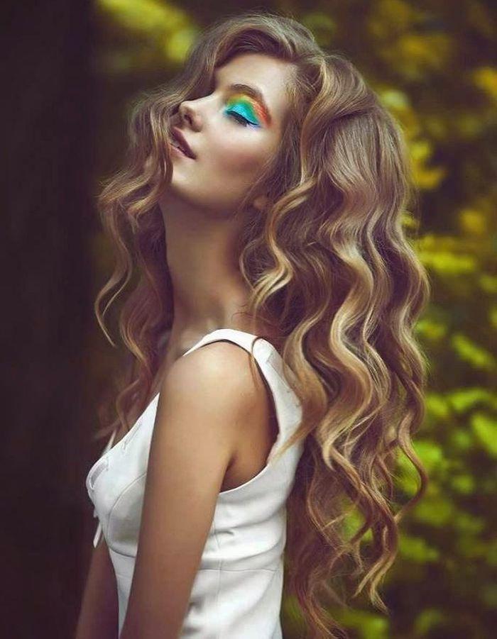 Coiffure pour cheveux fins et ondules