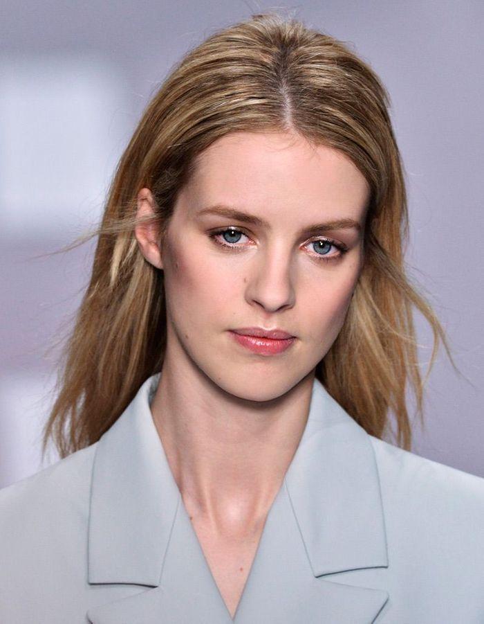 cheveux blonds m ch s cheveux blonds les nuances demander son coiffeur elle. Black Bedroom Furniture Sets. Home Design Ideas
