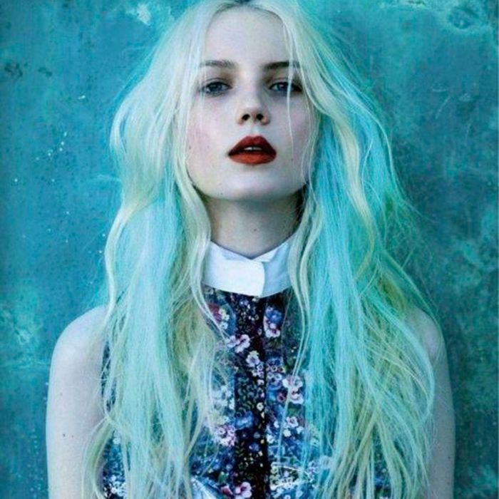 Blond turquoise seapunk
