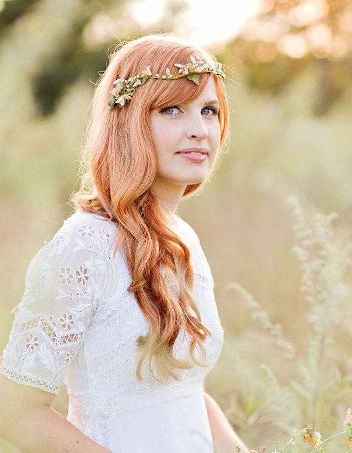 Coiffure de mariée Couronne fleurie